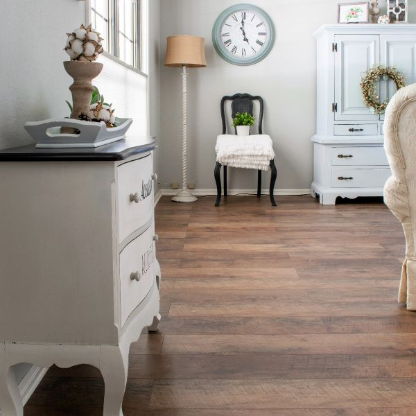 Barnwood Waterproof Laminate Flooring, Barn Board Laminate Flooring